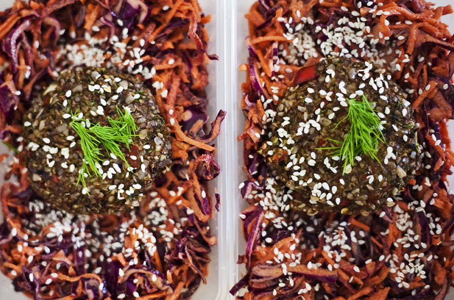 raw-food-masterclass-burgers-denisa-ratulea-second-nature